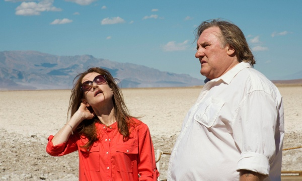 "Isabelle Huppert und Gérard Depardieu in ""Valley Of Love"" von Guillaume Nicolux"